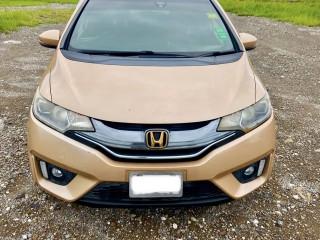 2014 Honda Fit Hybrid S Package for sale in Kingston / St. Andrew, Jamaica