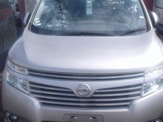 2012 Nissan Elgrand for sale in Kingston / St. Andrew,