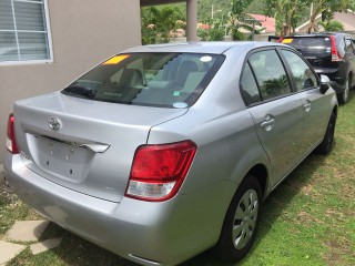 '14 Toyota AXIO for sale in Jamaica