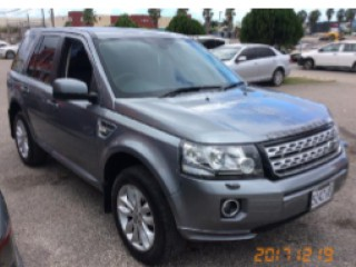 '13 Land Rover LR 2 for sale in Jamaica