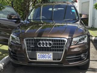 '12 Audi Q5 for sale in Jamaica