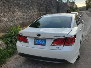 2014 Toyota crown athlete s for sale in Kingston / St. Andrew,