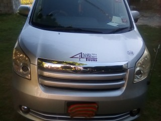 2009 Toyota Noah for sale in St. James, Jamaica