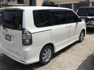 2009 Toyota Voxy for sale in St. Catherine, Jamaica