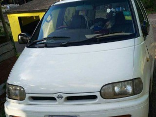 '96 Nissan Serena for sale in Jamaica