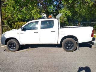 2013 Toyota Hilux for sale in Kingston / St. Andrew, Jamaica