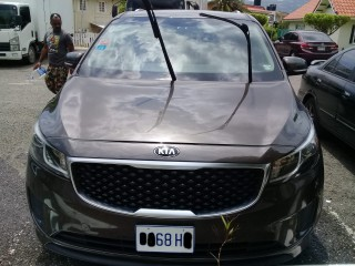 '16 Kia Sedona for sale in Jamaica