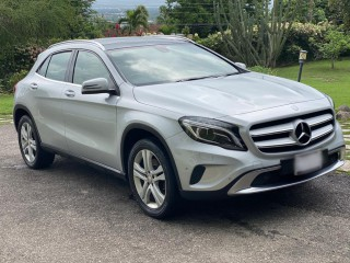 2015 Mercedes Benz GLA 250 4Matic for sale in Kingston / St. Andrew,