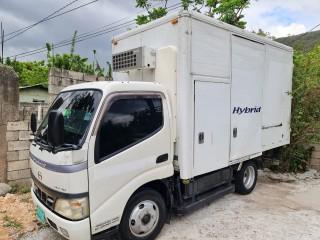 2006 Hino Dutro  Hybrid for sale in Kingston / St. Andrew, Jamaica