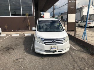 2013 Honda Stepwagon for sale in Kingston / St. Andrew, Jamaica