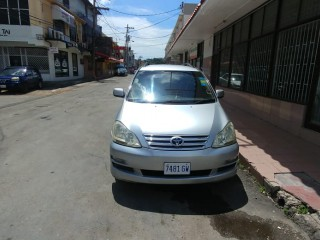 '04 Toyota Picnic for sale in Jamaica