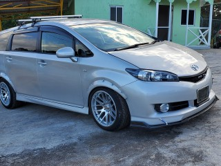 2011 Toyota Wish for sale in Manchester, Jamaica