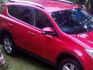 '14 Toyota CRV for sale in Jamaica