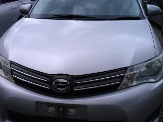 '13 Toyota AXIO for sale in Jamaica
