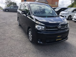 2011 Toyota Voxy for sale in Manchester, Jamaica