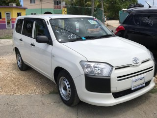 2015 Toyota Succeed for sale in Kingston / St. Andrew, Jamaica