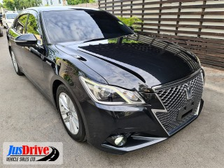 2014 Toyota CROWN for sale in Kingston / St. Andrew, Jamaica