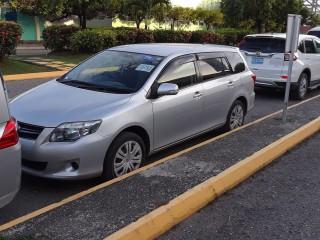 '09 Toyota Fielder for sale in Jamaica