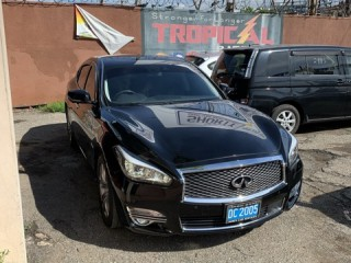 2015 Nissan infinity fuga for sale in Kingston / St. Andrew, Jamaica