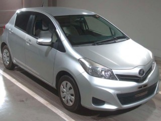 '13 Toyota VITZ for sale in Jamaica