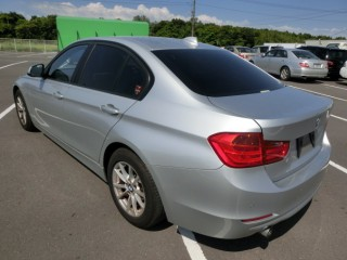'13 BMW 318i for sale in Jamaica