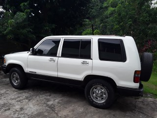 1993 Isuzu Trooper for sale in Kingston / St. Andrew, Jamaica