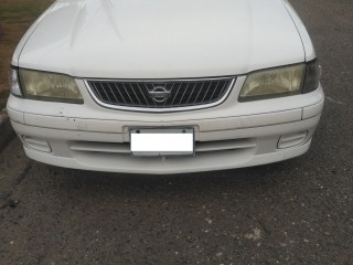 '03 Nissan Sunny for sale in Jamaica