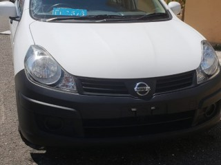 2013 Nissan AD Wagon for sale in Kingston / St. Andrew,
