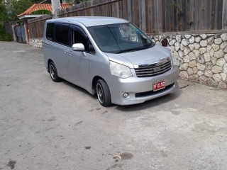 2012 Toyota noah for sale in St. James, Jamaica
