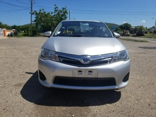2014 Toyota Corolla Axio Hybrid for sale in Kingston / St. Andrew, Jamaica
