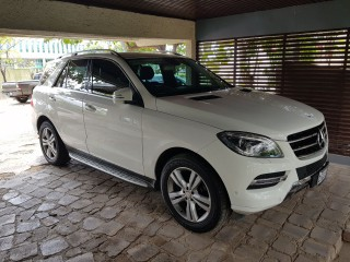 '15 Mercedes Benz ML250 for sale in Jamaica