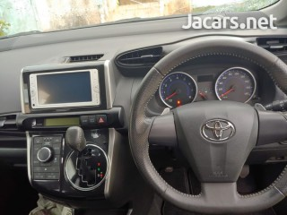 2013 Toyota Wish for sale in Kingston / St. Andrew,