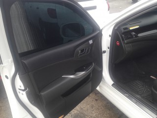 2011 Toyota Crown ATHLETE for sale in Kingston / St. Andrew,