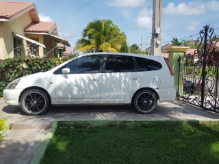 '01 Honda Stream for sale in Jamaica