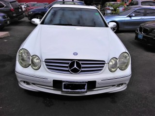 2003 Mercedes Benz CLK200 for sale in Kingston / St. Andrew, Jamaica