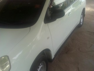 2011 Nissan wingroad for sale in Kingston / St. Andrew, Jamaica