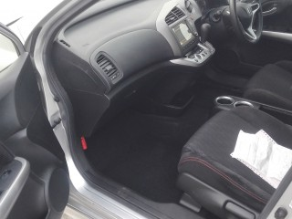 2011 Honda Stream for sale in Kingston / St. Andrew, Jamaica
