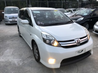 2012 Toyota Isis platana for sale in Manchester, Jamaica