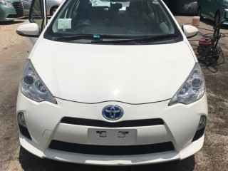 2014 Toyota AQUA for sale in St. Catherine, Jamaica