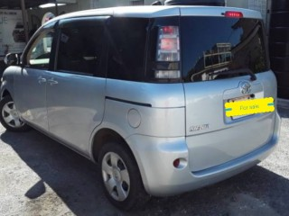 2012 Toyota Sienta for sale in St. Catherine,