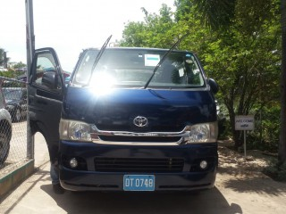 2010 Toyota Hiace for sale in St. Catherine,
