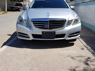 2012 Mercedes Benz E300 for sale in Kingston / St. Andrew, Jamaica