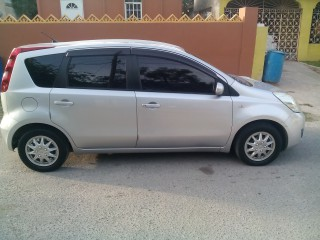 '11 Nissan Note for sale in Jamaica