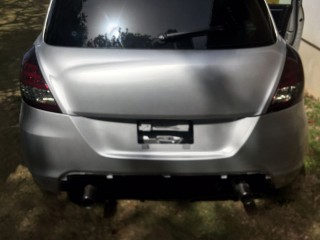 '13 Suzuki Swift Rs for sale in Jamaica