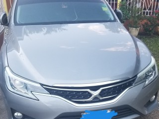 2014 Toyota Mark x for sale in Kingston / St. Andrew,