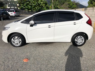 2014 Honda Fit 100 financing available or best offer for sale in Kingston / St. Andrew, Jamaica