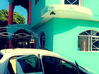 2013 Toyota Vitz for sale in Westmoreland, Jamaica