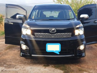 2011 Toyota Voxy for sale in St. Elizabeth, Jamaica