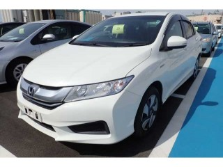 2015 Honda Grace 100 financing available or best offer for sale in Kingston / St. Andrew, Jamaica