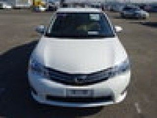 '13 Toyota Carolla for sale in Jamaica